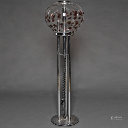 Lámpara de pie en metal cromado y globo de cristal italiano de los años 70.