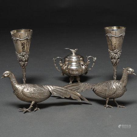 Miscelánea de piezas de plata española punzonada. Ley, 925. Siglo XX