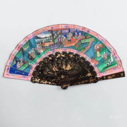 Abanico Chino denominado de las Mil Caras. Trabajo Chino, Siglo XIX