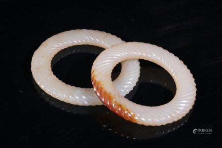 白玉扭繩環一對