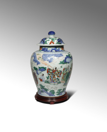 A LARGE CHINESE WUCAI 'BAXIAN' BALUSTER VASE AND COVER