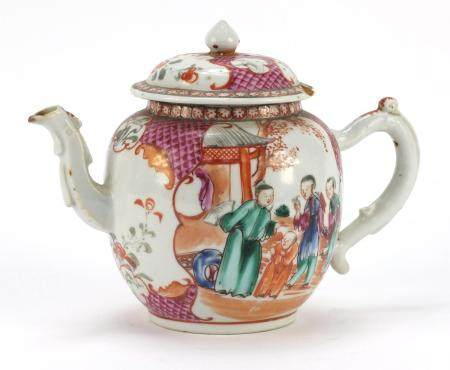 Chinese porcelain teapot hand painted in the Mandarin palette with figures and vignettes, 15cm