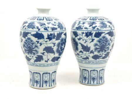 A pair of Chinese porcelain blue and white vases, late 20th century, decorated in the Ming style