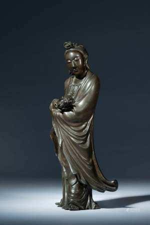 十八世紀 「國慶寺」銘款手持淨瓶觀音銅錯銀立像