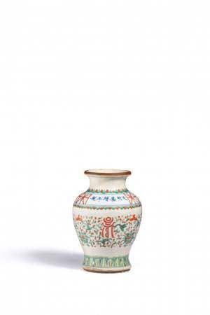 清初 五彩花瓶