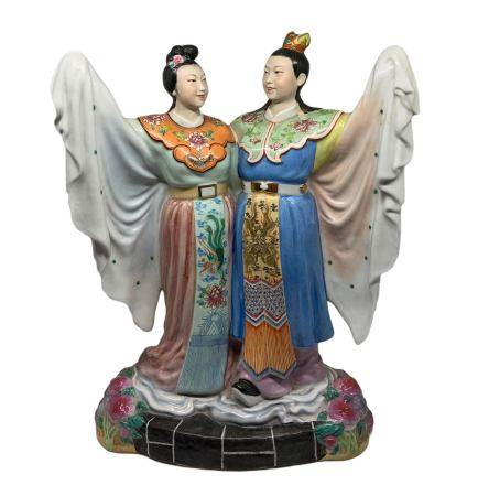 Chinese statue in white-body with polychrome decoration depicting two lovers dressed in traditional