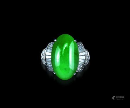 铂金翡翠钻石戒指