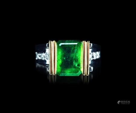 铂金18K金祖母绿钻石戒指