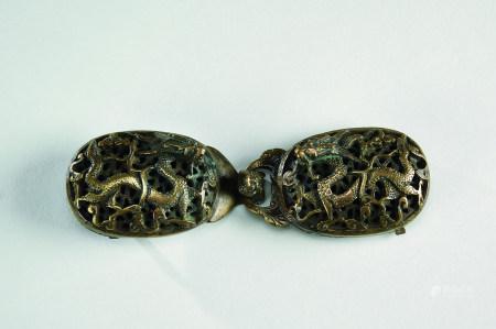 清代(1644~1911) 铜龙纹带钩 (一对)