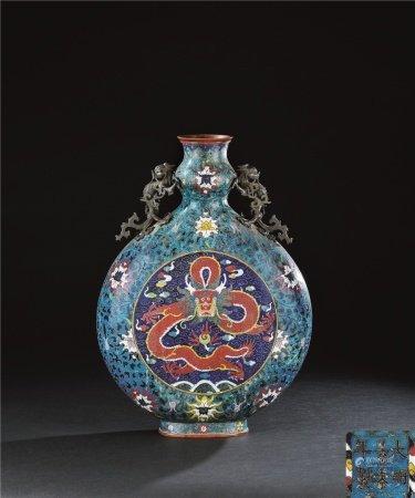 明代(1368~1644) 铜掐丝珐琅龙纹抱月瓶