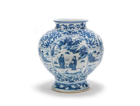 A large blue and white baluster jar Late Ming Dynasty