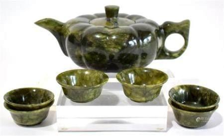 A Spinach Jade Melon Shaped Tea Pot & Six Tea Bowls, Well Ho
