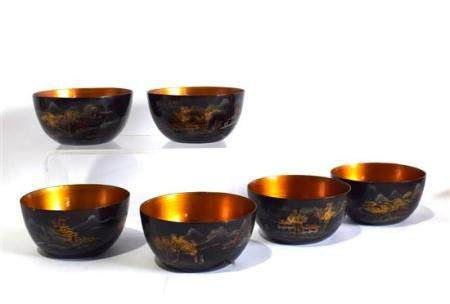 A Set of Six Lacquer Bowl Painted with Landscape & Gold Fish