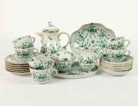 MOKKASERVICE, Staatl. Porzellanmanuf Meissen, Dekor Indische Blume grün, Form Neuer Ausschnitt,