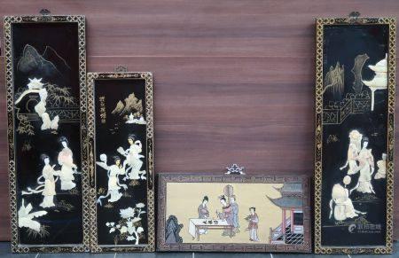 Lot de quatre panneaux asiatiques. 92x30cm, 70x25cm, 30x62cm