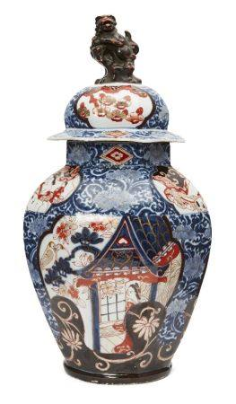 A large Japanese Arita porcelain octagonal jar and cover, 17th century, painted in underglaze blue
