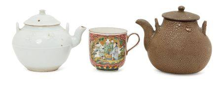 Two Japanese teapots and a Samson Chinoiserie cup, late 19th-early 20th century, one teapot with