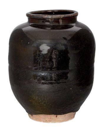 Two large Japanese stoneware jars, 20th century, one of globular form with tenmoku glaze, incised