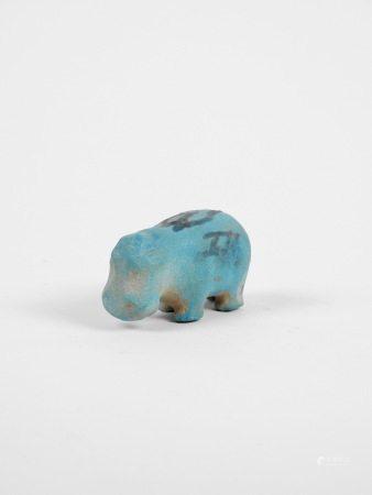 Hippopotame.Fritte à rehauts.Style du Moyen Empire.L:5cm. -