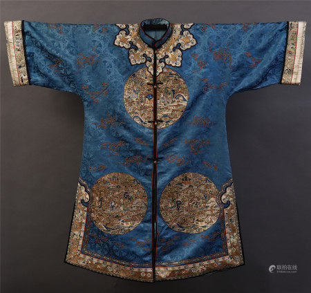 CHINESE DYNASTY SILK EMBROIDERY COURT ROBE