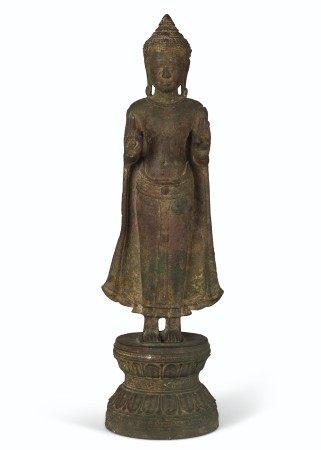 A BRONZE FIGURE OF BUDDHA THAILAND, LOBPURI PERIOD, 13TH CENTURY