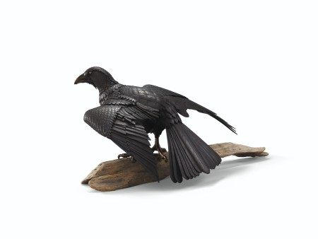 AN IRON ARTICULATED SCULPTURE OF A CROW EDO PERIOD (19TH CENTURY), SIGNED MYOCHIN MUNEHARU