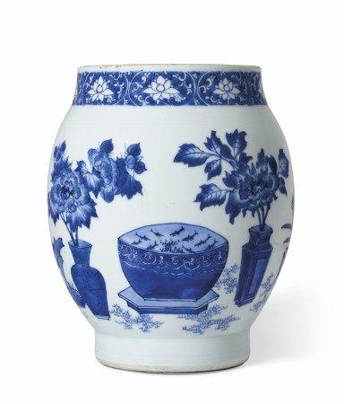 明崇祯 青花博古图罐 CHONGZHEN PERIOD (1628-1644)