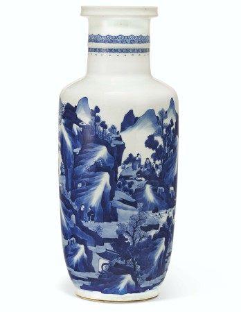 清康熙 青花山水人物棒槌瓶 KANGXI PERIOD (1662-1722)
