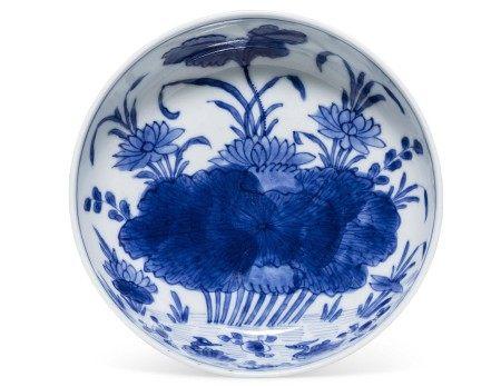 清康熙 青花莲塘图盘 KANGXI PERIOD (1662-1722)