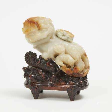 A Beige Jade Carvings of Lions