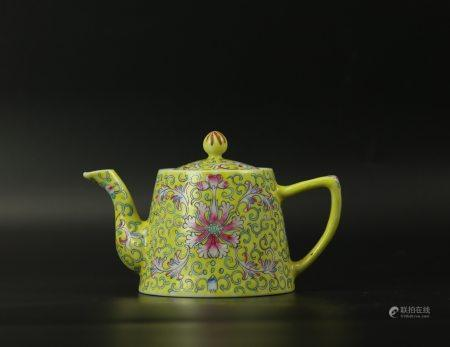 A Chinese Famille Rose Yellow Ground Porcelain Teapot