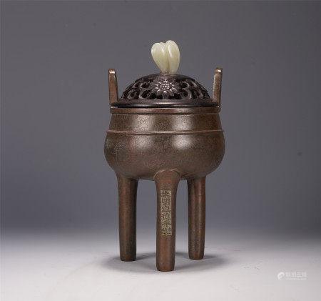 A CHINESE JADE HANDLE TRIPLE FEET ROUND BRONZE LIDDED CENSER
