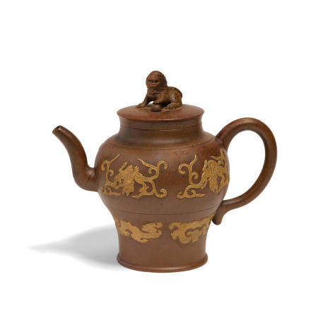 An Yixing teapot with slip decorated dragons Qing dynasty