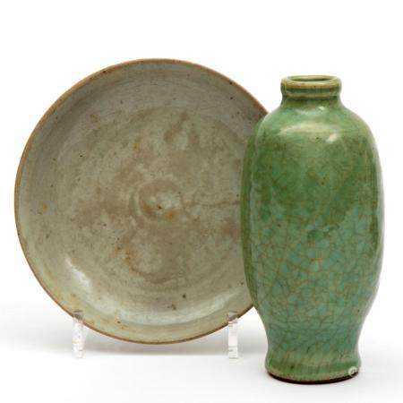 A Longquan celadon vase and Song dynasty plate