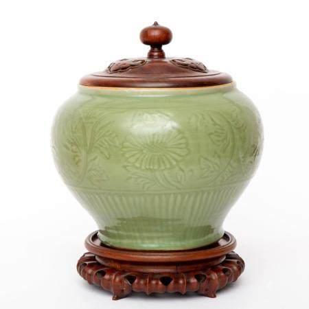 A large Longquan Celadon vase