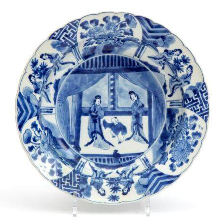 A blue and white Long Eliza deep plate