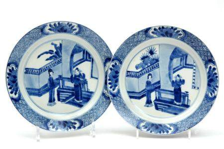 Two blue and white Long Eliza plates