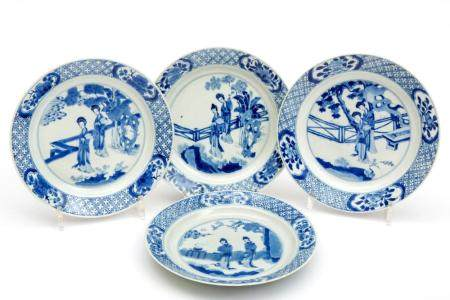 Four blue and white Long Eliza plates