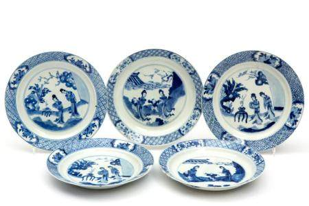 Five blue and white Long Eliza plates