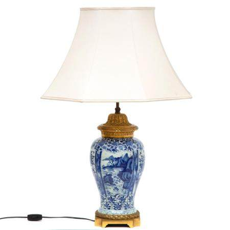 A Chinese blue and white porcelain vase adapted to a lamp