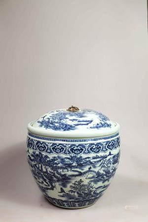 Importante vasque couverte en porcelaine