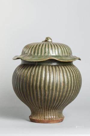 Bouillon couvert en épaisse porcelaine