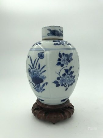 A Chinese Blue and White 'Flowers' Jar, 19th C.