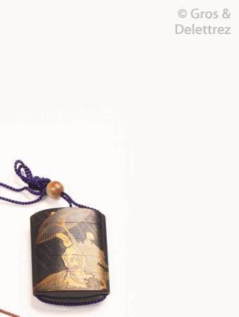 Inro à quatre cases, à décor en hira et takamaki-e de laque or et argent et kirigane sur fond n