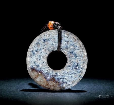漢 白玉沁色穀紋環
