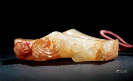 清 白玉浮雕螭龍劍格
