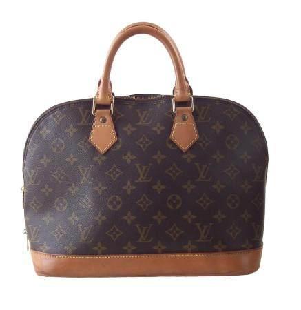 A Louis Vuitton Monogram Alma PM handbag,