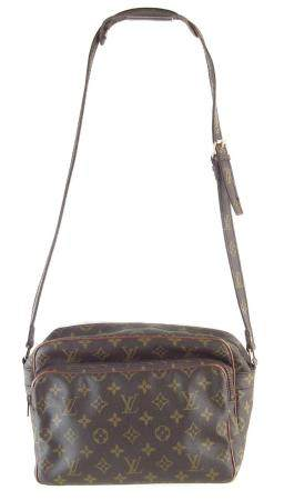 A Louis Vuitton Monogram Nil handbag,