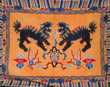 西藏獅子紋地毯