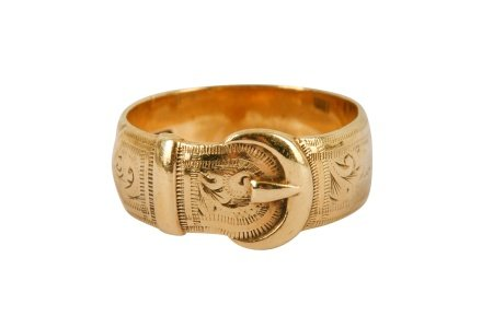 A 9 carat gold engraved buckle ring